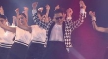 PSY - 'GENTLEMAN' 1st Live Performance
