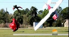 Skydiver, pilot become entangled in mid air collision 09/03/2014 Highlights